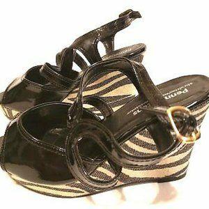 Penningtons Shoes Wedge Sandals Shinny Black sz 7
